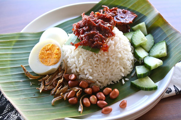 Mie Atau Nasi, Mana Yang Lebih Sehat untuk Dimakan?