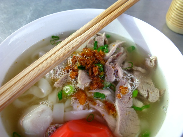 kalori kuey teow sup